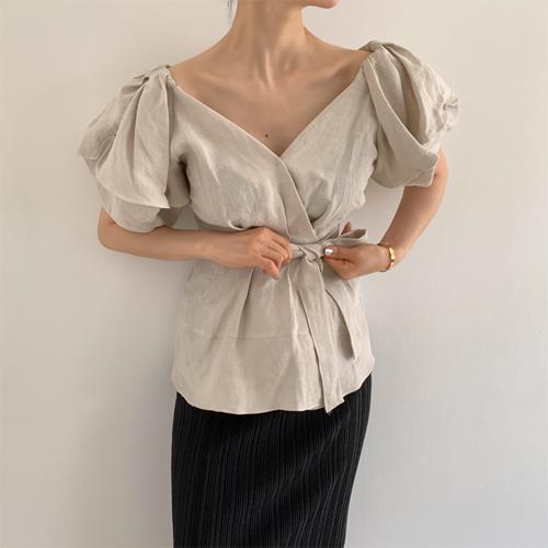 Leaf wrap blouse