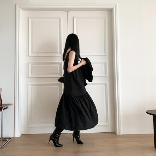 Piano sleeveless dress