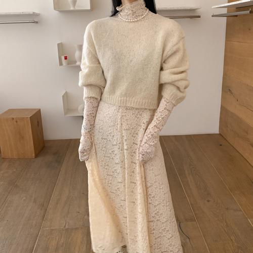 Alpa crop knit