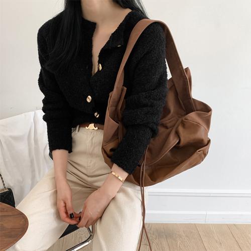 Cap leather bag