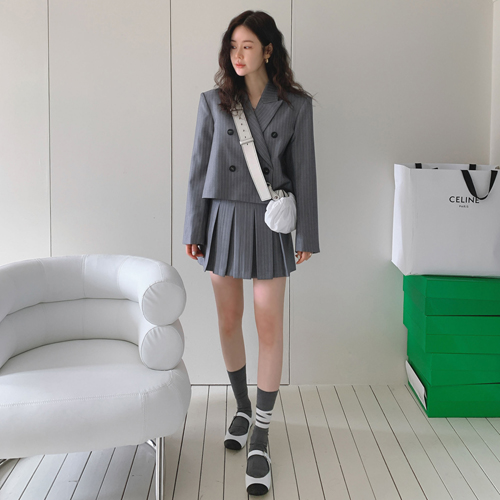 Stripe pleats skirt