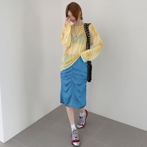 Shining shirring skirt