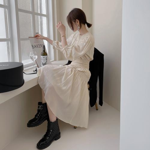 Ines shirring dress
